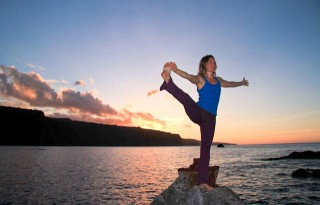 Hawaii-Sunset-Yoga